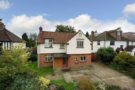 Marshalswick Lane, St. Albans, Hertfordshire. 3 bedroom detached house for sale
