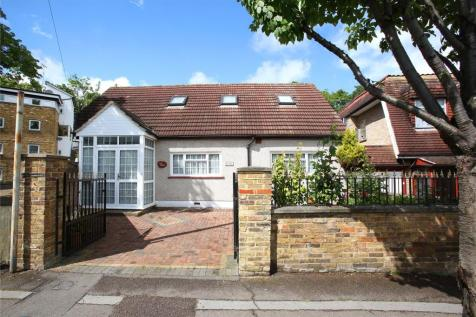 Lawrence Road, London, SE25. 5 bedroom bungalow for sale