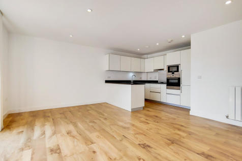 Johnson Court, Kidbrooke Village, SE9. 3 bedroom apartment