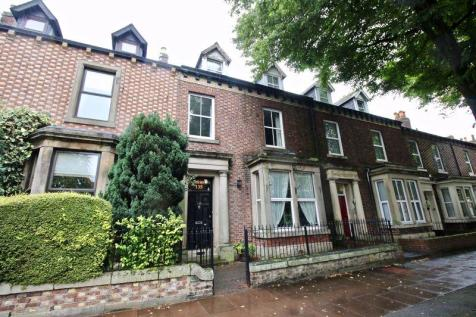 135 Warwick Road, Carlisle CA1 1LU. 8 bedroom terraced house for sale