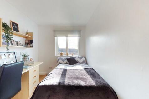 Grinfield Street, Liverpool, L7. 1 bedroom private halls
