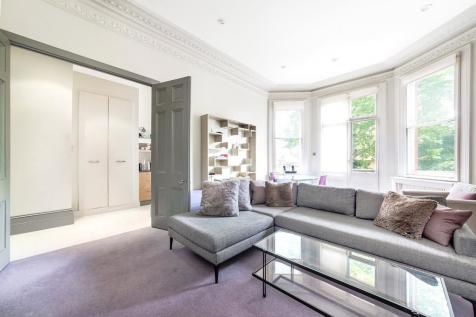 13 Brechin Place, London, SW7. 1 bedroom apartment