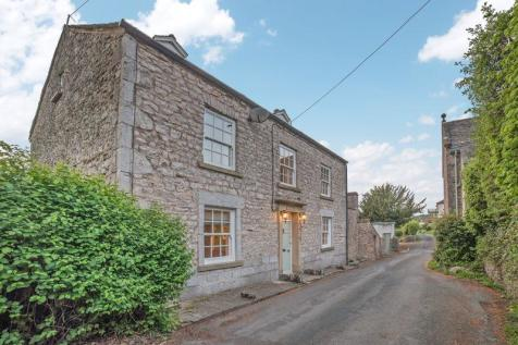 Leasgill, Milnthorpe. 5 bedroom detached house