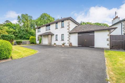 Redhills Road, Arnside. 4 bedroom detached house for sale