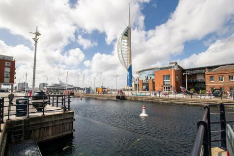 Gunwharf Quays, Portsmouth. 2 bedroom ground floor flat