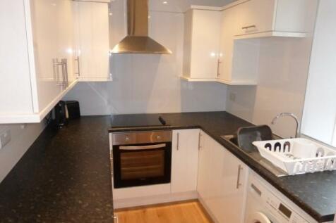 Broomhill Road, Aberdeen, Aberdeenshire, AB10. 1 bedroom flat