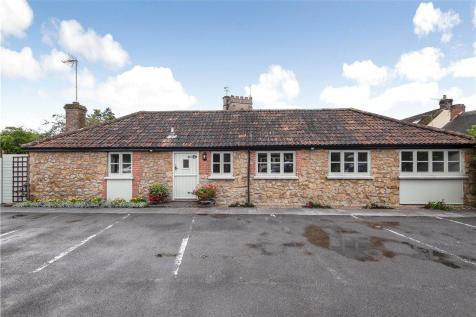 Donyatt, Ilminster, Somerset. 3 bedroom bungalow