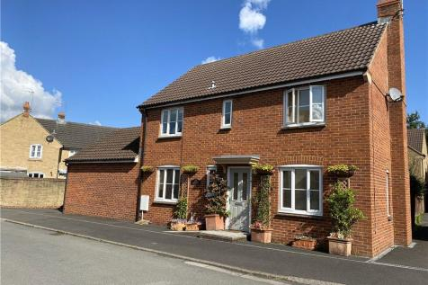 Lower Meadow, Ilminster, Somerset. 4 bedroom detached house