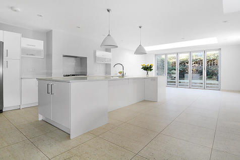 Acfold Road, London, SW6. 5 bedroom terraced house