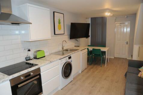 Peel Street, Middlesbrough. 3 bedroom detached house