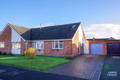 Holford Road, Bridgwater. 3 bedroom semi-detached bungalow for sale