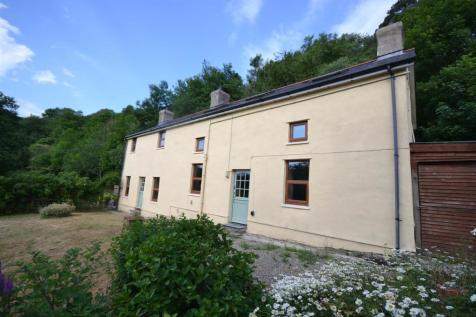 Llandysul, Mid Wales - Detached / 4 bedroom detached house for sale / £259,950