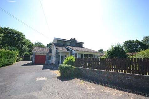 Pentre Cwrt, Mid Wales - Detached / 5 bedroom detached house for sale / £240,000