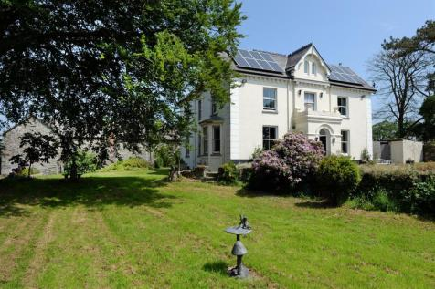 Cardigan. 9 bedroom country house