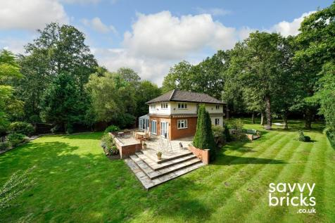 Oaks Path, Bricket Wood Common, St. Albans, Hertfordshire.. 4 bedroom detached house for sale