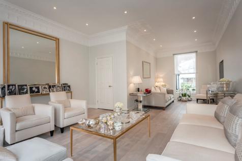Eaton Terrace, London, SW1W. 5 bedroom house