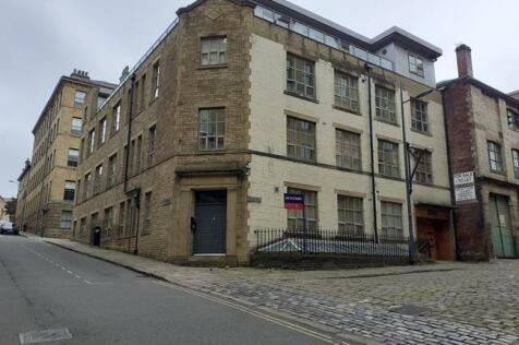 Apartment 5, 2 Burnett Street, Bradford, West Yorkshire, BD1. Studio flat for sale