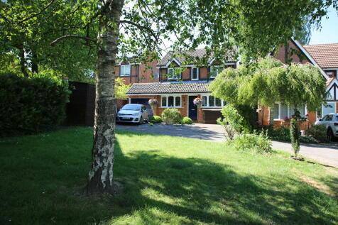 Four Marks, Alton. 3 bedroom detached house