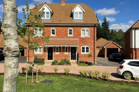 Medstead, Alton. 4 bedroom semi-detached house