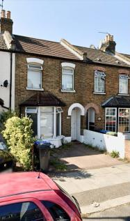 Mandeville Road, Enfield, Middlesex, EN3. 4 bedroom terraced house