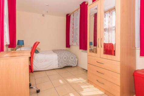 Northgate (Studio), Canterbury. Studio flat