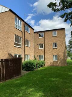 Lismore Drive, Darlington, County Durham, DL1. 2 bedroom flat