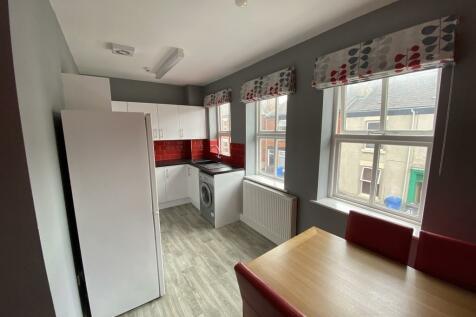 Radbourne Street. 3 bedroom flat share