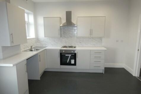Egerton Road, Blackpool, Lancashire, FY1. 2 bedroom flat