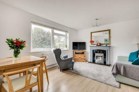 Wimbledon Park Road, London. 2 bedroom flat for sale