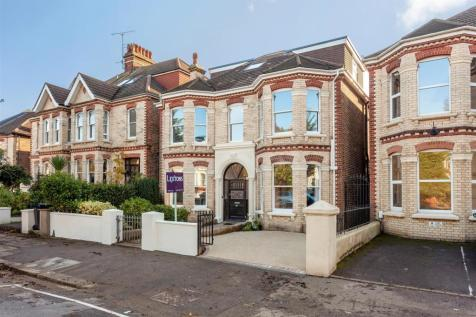 Wilbury Avenue, Hove. 6 bedroom detached house for sale
