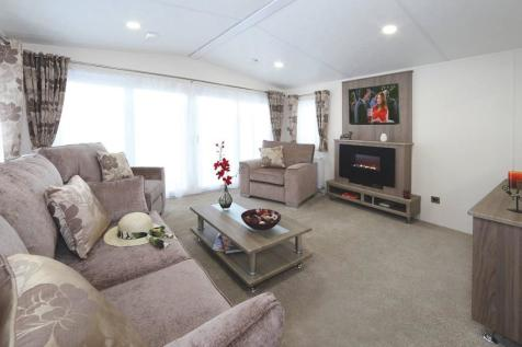New Forest Lodge Retreat Milford-on-Sea Hampshire SO41. 3 bedroom lodge