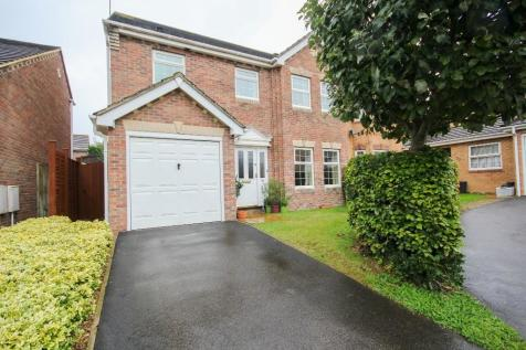 Campion Drive, Yeovil, POPULAR LOCATION. 4 bedroom detached house