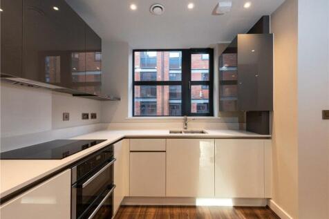St. George's Urban Village, Tenby Street North, Birmingham, West Midlands, B1. 4 bedroom mews house
