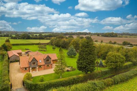 Dove Lane, Poringland, Norwich, Norfolk, NR14. 5 bedroom detached house for sale