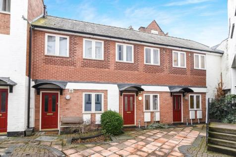 College Street, City Centre, Worcester, WR1. 1 bedroom terraced house