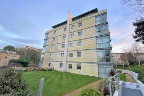 Bournemouth Central Bordering East Cliff, Dorset, BH1. 2 bedroom apartment for sale
