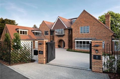 Gregories Road, Beaconsfield, HP9. 6 bedroom detached house for sale