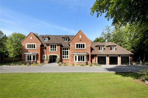 Long Grove, Seer Green, Beaconsfield, Buckinghamshire, HP9. 6 bedroom detached house for sale