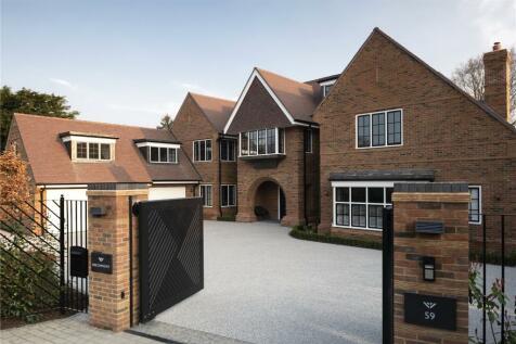 Gregories Road, Beaconsfield, HP9. 6 bedroom detached house for sale