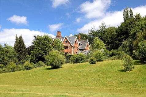 Main Drive, Gerrards Cross, Buckinghamshire, SL9. 7 bedroom detached house for sale