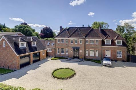 Brownswood Road, Beaconsfield, HP9. 6 bedroom detached house for sale