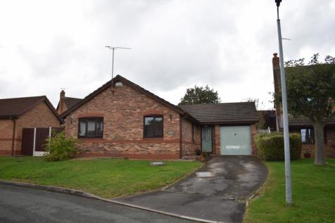 Hunters Croft, Higher Kinnerton, CH4. 3 bedroom detached house