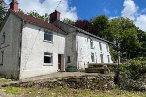 Maesymeillion, Llandysul, SA44. 6 bedroom smallholding