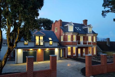 Weymouth, Dorset. 6 bedroom detached house for sale