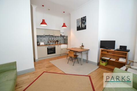 St Michaels Place, Brighton, BN1. 1 bedroom flat