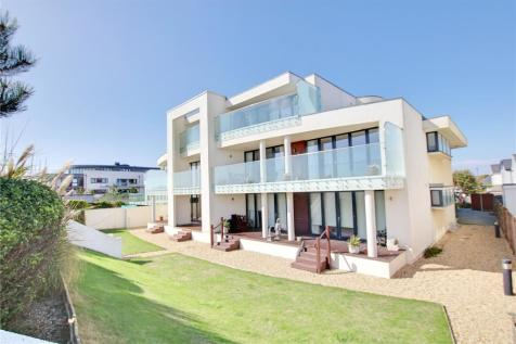 Aurora, 1-5 Eirene Road, Goring By Sea, West Sussex, BN12. 3 bedroom apartment for sale