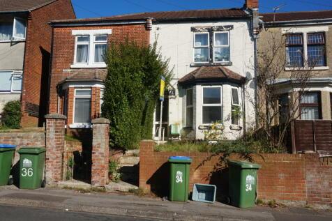 Broadlands Road, . 2 bedroom flat