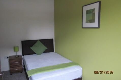 Room 5, Parker Street, Warrington. Studio flat