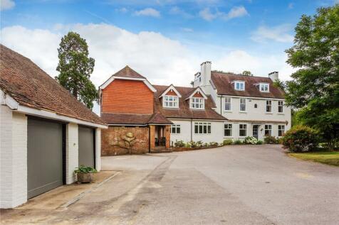 Dovers Green Road, Reigate, Surrey, RH2. 8 bedroom detached house for sale