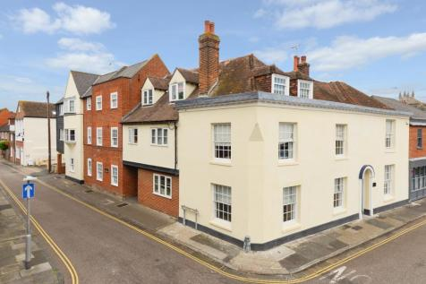 Willoughby Court, St Johns Lane, Canterbury, CT1. 1 bedroom apartment